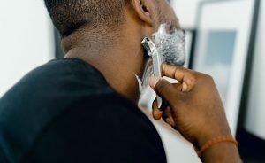 2 rutinas para la piel después de afeitarse